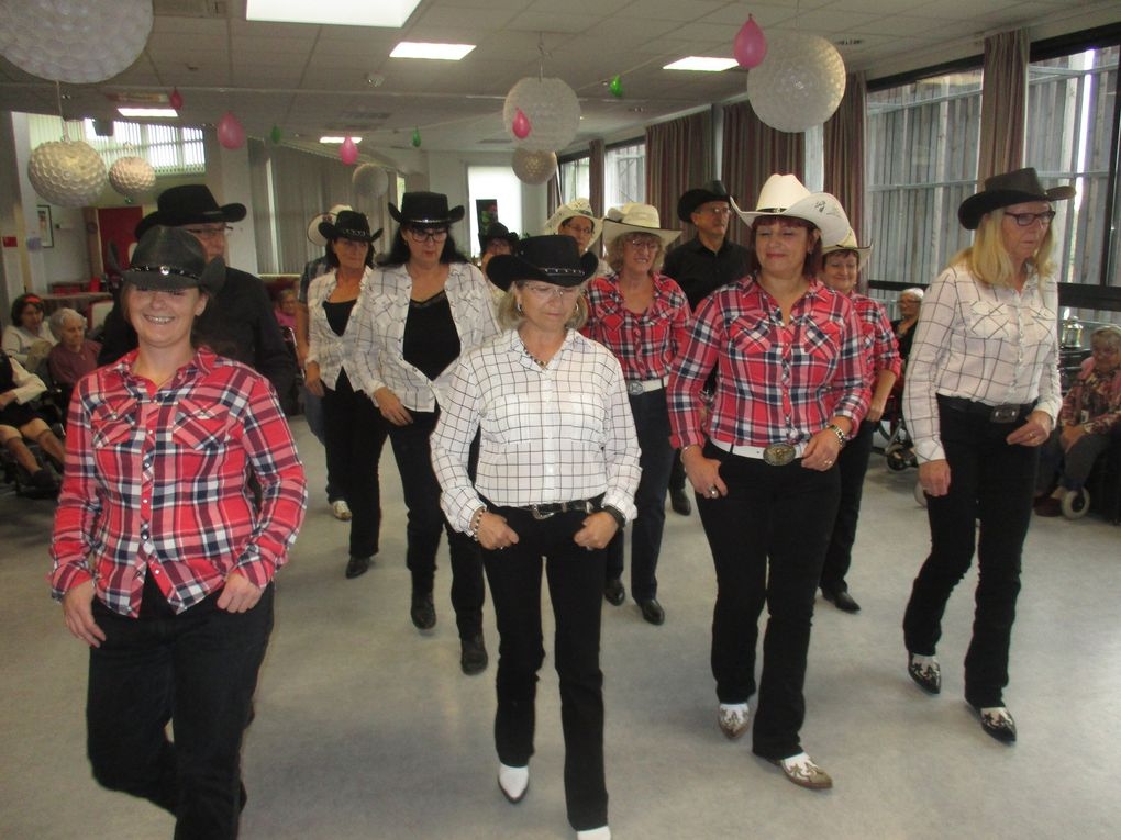 Spectacle de danse Country.