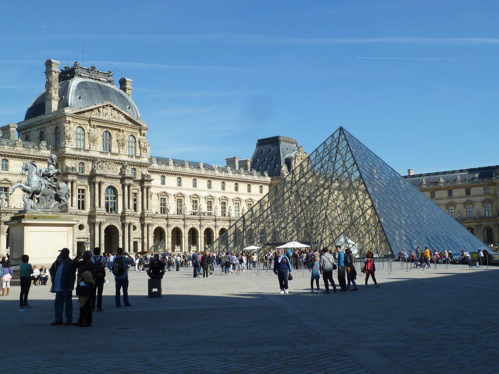 Le Louvre et ses pyramides. La victoire de Samothrace restaurée.
