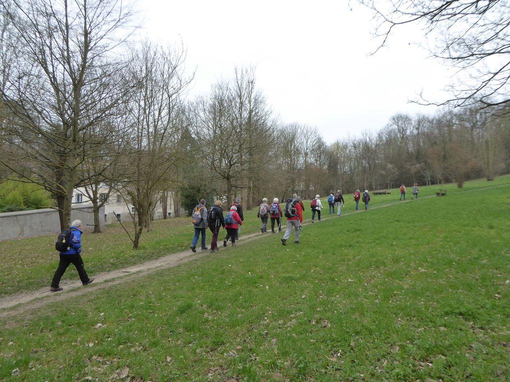 Randonnée de Rueil-Malmaison au Pont de Saint-Cloud - 19 km.