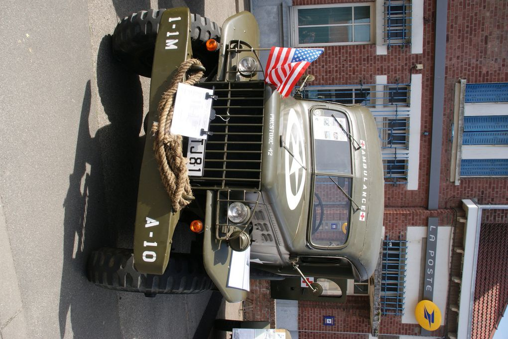 Dodge Ambulance de 1942 et Dodge WC51 de 1944