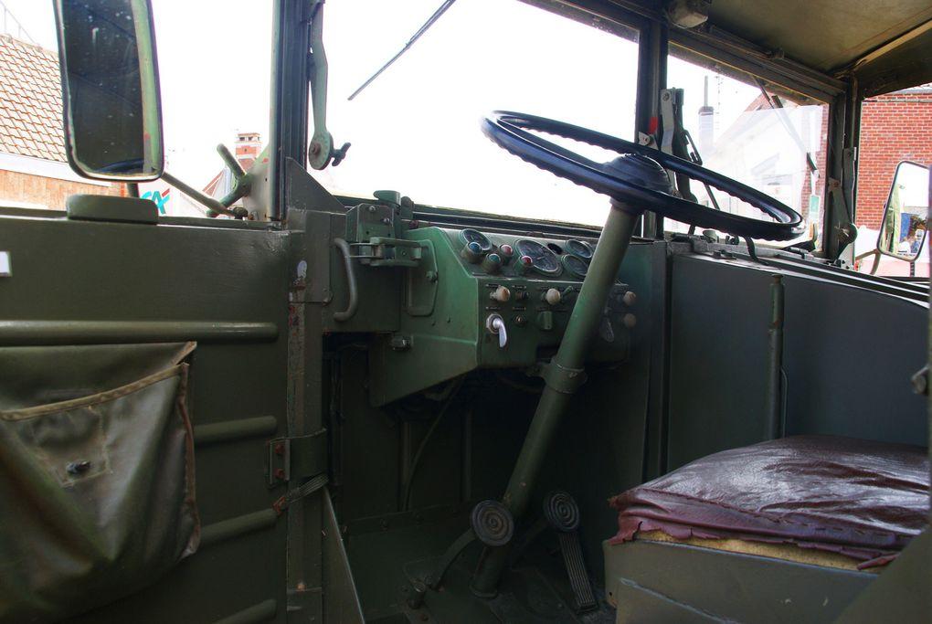 Citroen U23 Année 1949 et Simca Cargo de 1957