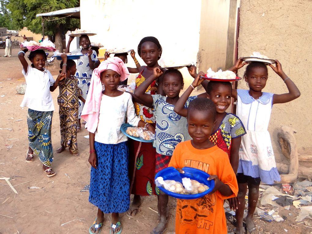Photos exposées à la Grange de Conie-Molitard du 12 au 27 avri 2014 dans le cadre du 9ème salon de printemps (extrait d'un album de voyage au Mali en octobre / novembre 2013)