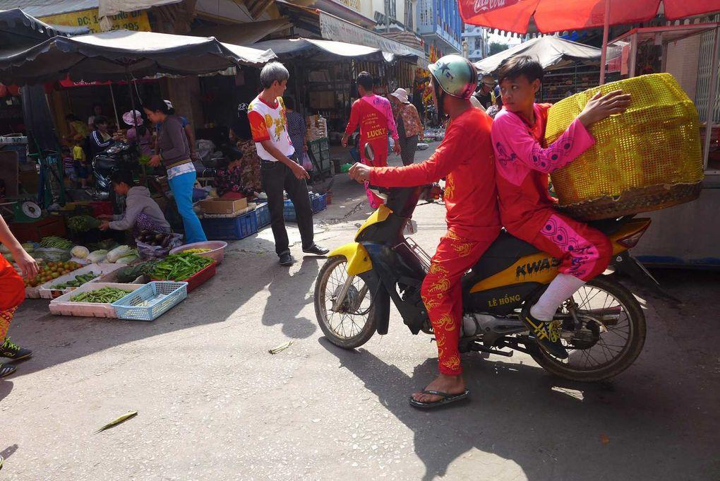 Chau Doc et les Lions dansants