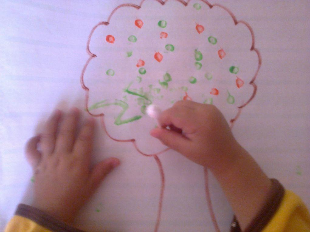 activité automne : peinture avec des cotons tiges