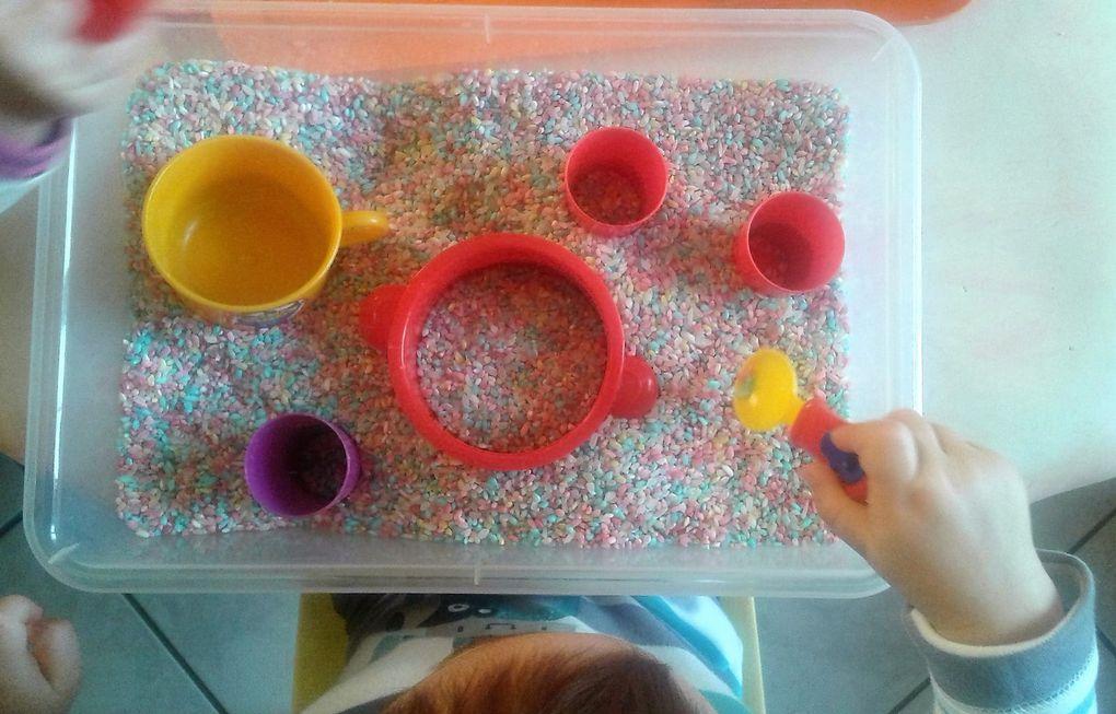 Activité riz coloré ce matin