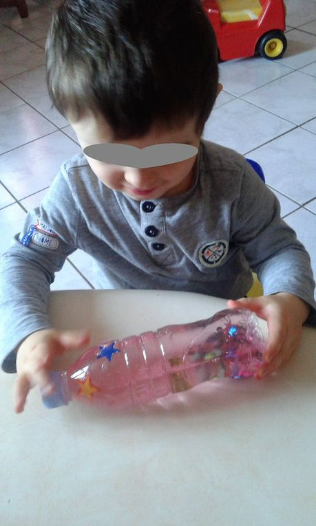 Cette bouteille à faire soi-même a le pouvoir magique d'apaiser les enfants !