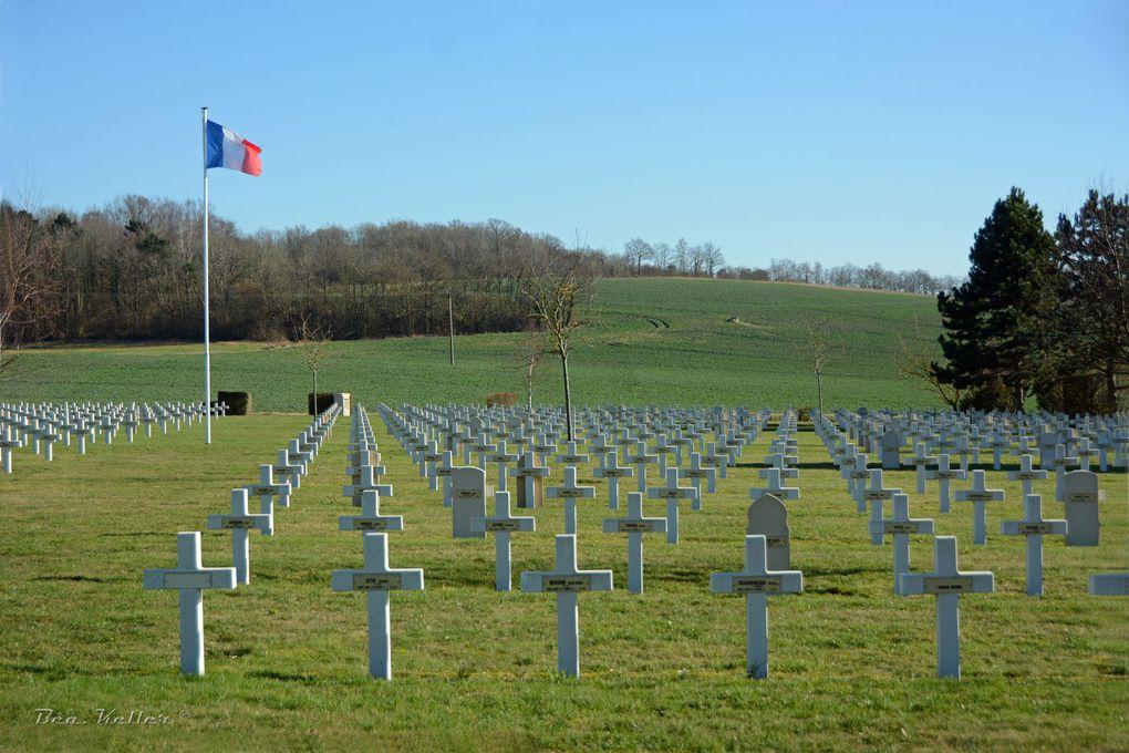 Vues de l'ensemble du cimetière (cliquez sur les photos)