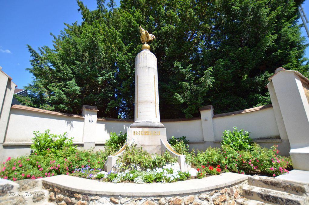 Le monument (cliquez sur les photos)
