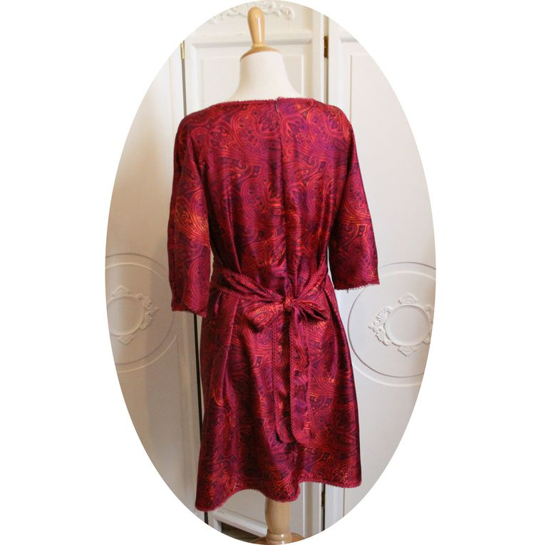 Robe bohème trapeze en soie a motifs cachemire violet, marine, orangé