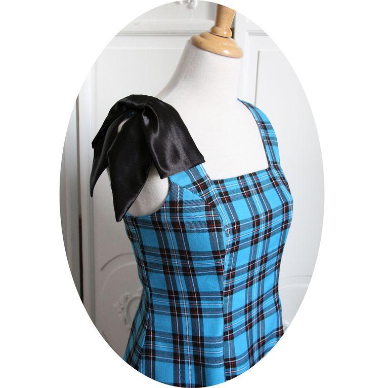 Robe écossaise bleu turquoise, courte et évasée