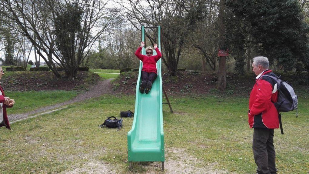 Récréation !!! les enfants s'amusent !!!
