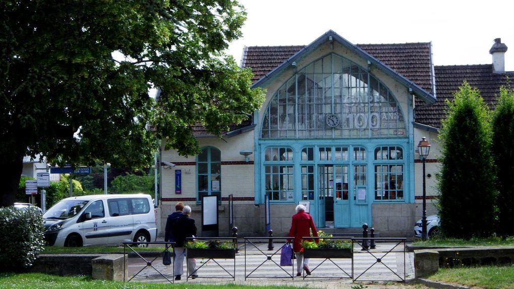 Villennes : l'Eglise St Nicolas, la gare du siècle dernier (1911), le Parc du Docteur Fauvel puis le pont vers l'Ile privée de Villennes