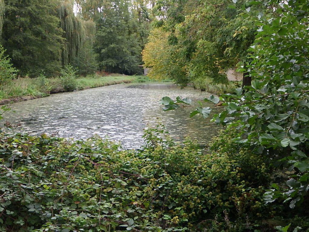 Tessancourt/Aubette traversé par l'Aubette de Meulan.