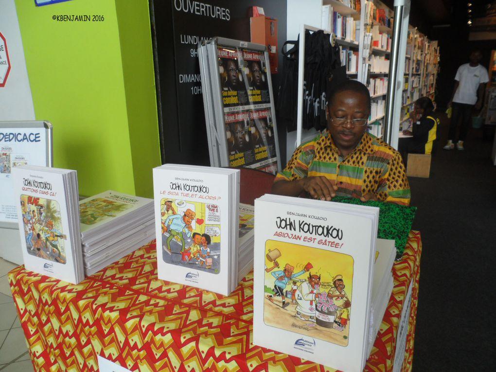 En dédicace à la Fnac Cap/Nord de la Riviera 3 en Côte d'Ivoire