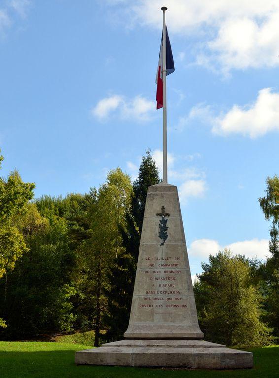 """""""Le 10 juillet 1916, une compagnie du 162 ème régiment d'infanterie a disparu dans l'explosion des mines qui ont ouvert ces entonnoirs"""""""