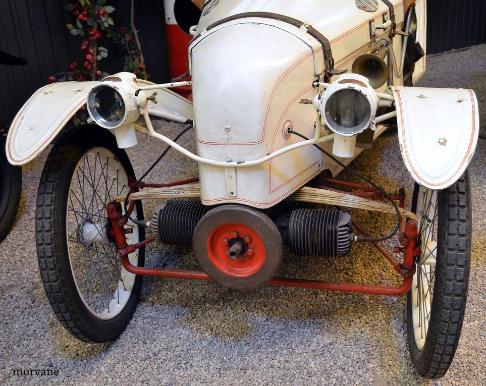SIMA-VIOLET Type 500. Cycle car biplace, 11 chevaux réels, 80 km/h. 1925.