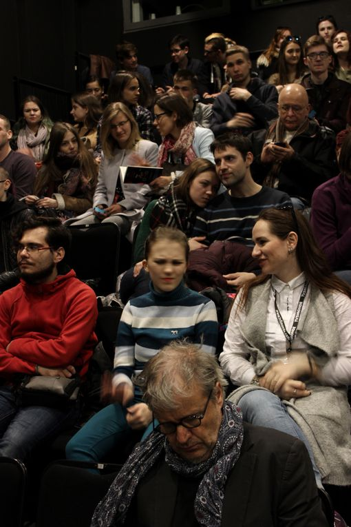 Rencontres/lectures sur la nouvelle dramaturgie francophone et rencontres avec les troupes étudiantes