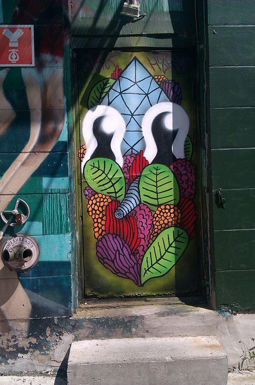 Des portes peintes par Waxhead.