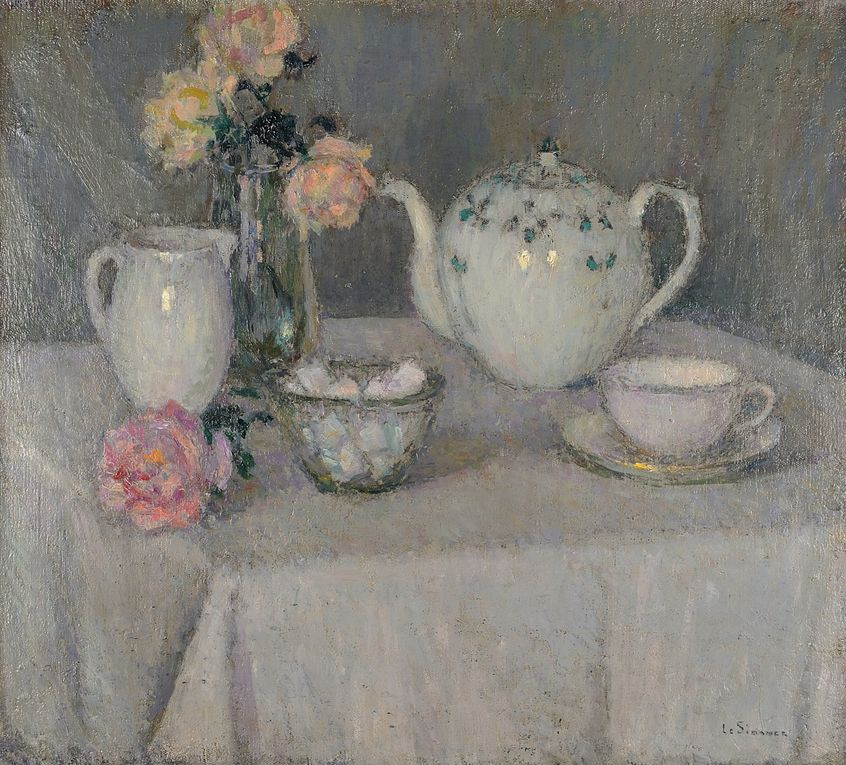 La tasse de thé, 65 x 54 cm, 1923, Collection Musée du Touquet-Paris-Plage © Bruno Jagerschmidt  /  Table bleue, Gerberoy, 73,5 x 92,5 cm, 1923 © Collection Singer Laren, Pays-Bas