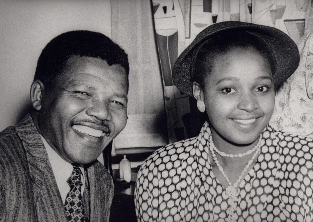 Imágenes de Nelson Mandela y la cárcel de la isla de Robben Island, donde el héroe sudafricano pasó 18 de los 28 años de su condena.- El Muni.