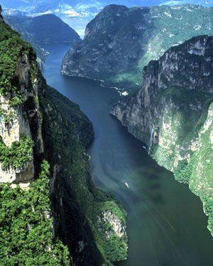 El Nilo, las fuentes de la vida.- El Muni.