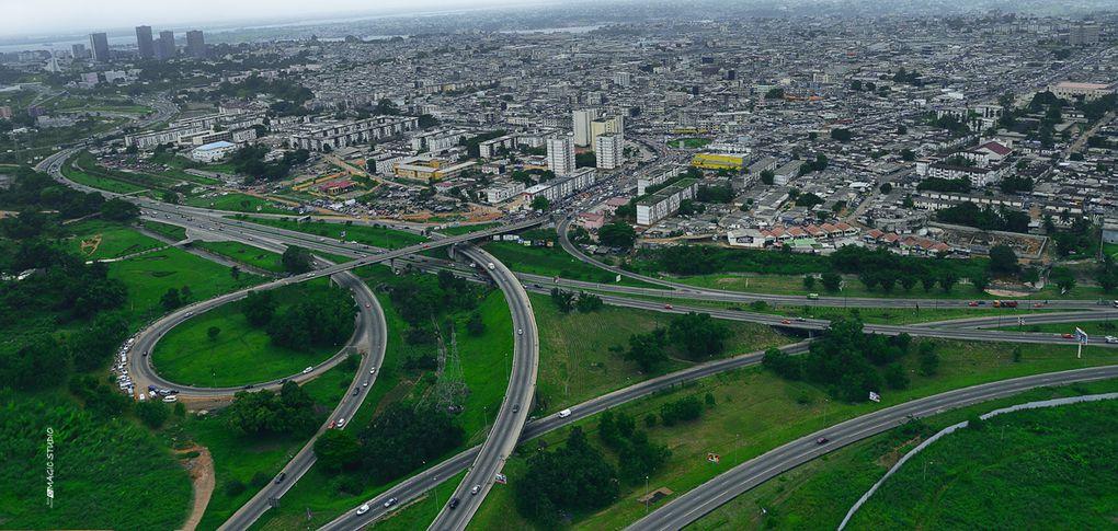 Trazado del tren urbano e imágenes de Abidjan, sobre la base de las vías férreas existentes hasta ahora.- El Muni.