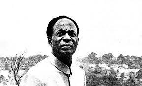 """""""Un estado en las garras del neocolonialismo no es dueño de su propio destino. Este es el factor que hace del neocolonialismo una amenaza tan grave para la paz mundial"""": Kwame Nkrumah.- El Muni."""