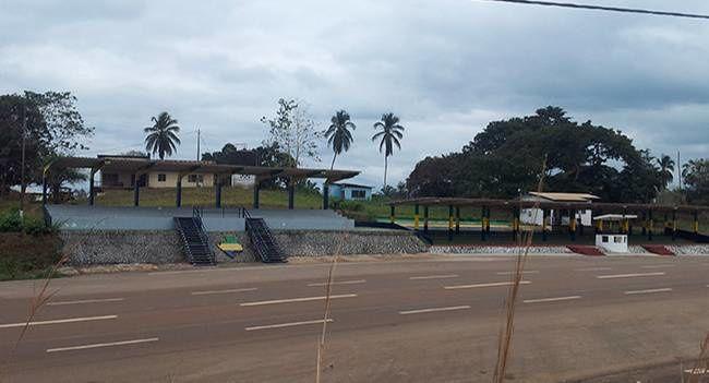 Imágenes de Tchibanga, capital de la provincia de Nyanga, Gabon.- El Muni.