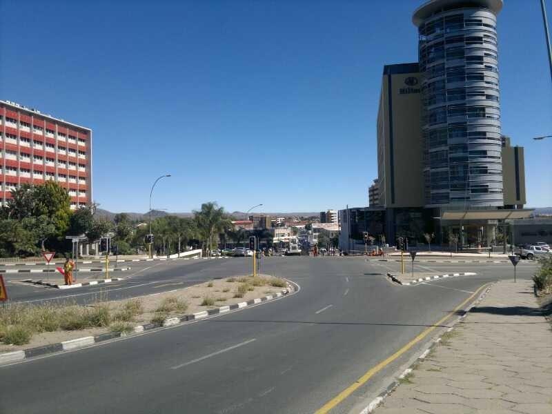 Avenida de la Independencia en Windhoek, capital de Namibia.- El Muni.