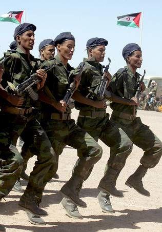 Imágenes de maniobras militares del Frente Polisario.- El Muni.