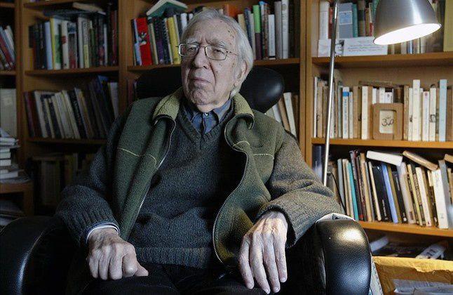 El editor y traductor literario español nacionalizado argentino, Francisco Paco Porrúa, falleció en Barcelona, a los 92 años.- El Muni.
