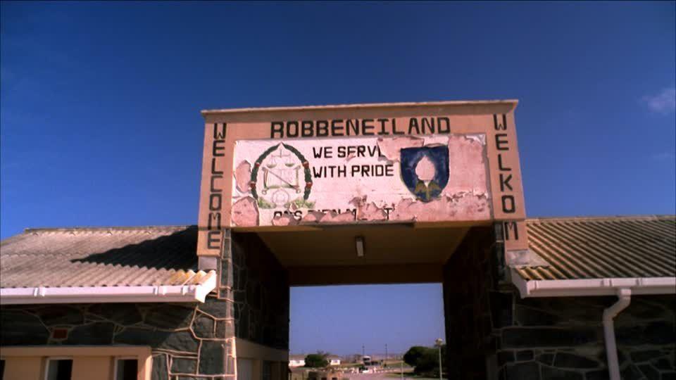 Imágenes de Nelson Mandela y uno de los lugares donde estuvo encarcelado, la prisión de  Robben Island, Sudáfrica.- El Muni.