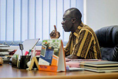 James Lartey, portavoz de la organización Autoridad de Alimentos y Drogas, FDA, en Ghana.- El Muni.