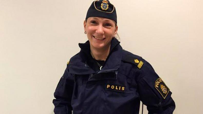 Imágenes de Mikaela Kellner con sus amig@s, la chica policía sueca que en bikini detuvo a un ladrón.- El Muni.,