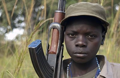 Los niños de la juventud robada en Uganda, niños de la guerra.- El Muni.