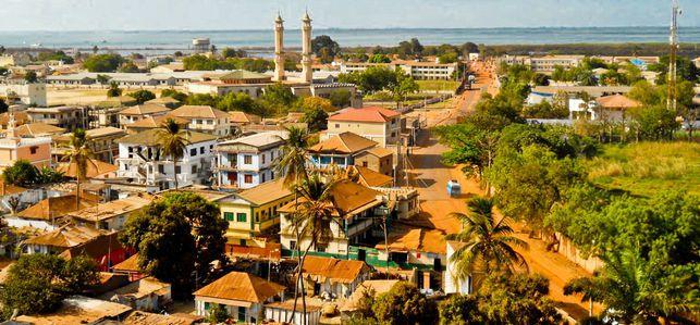 Imágenes de Banjul, Gambia.- El Muni.