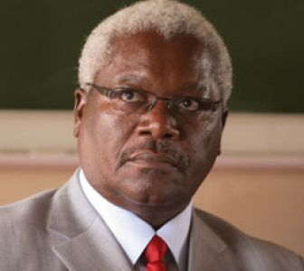 Ignatius Chombo, Ministro del Interior de Zimbabwe.- El Muni.