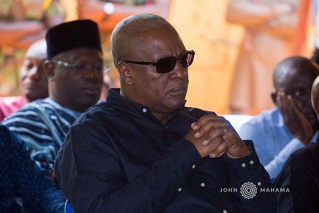 Imágenes del del ex presidente ghanés John Dramani Mahama.- El Muni.