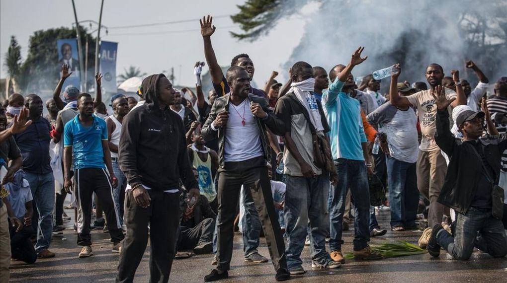 Imágenes del país gabonés en represión.- El Muni.
