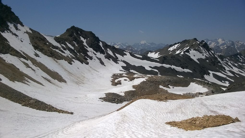 depuis le THABOR, tout schuss entre le Col de la Chappelle et Valmeinier 2900m