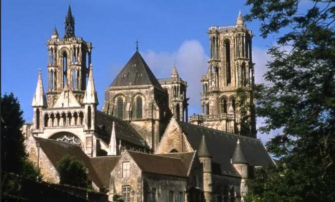 Picardie, terre de cathédrales