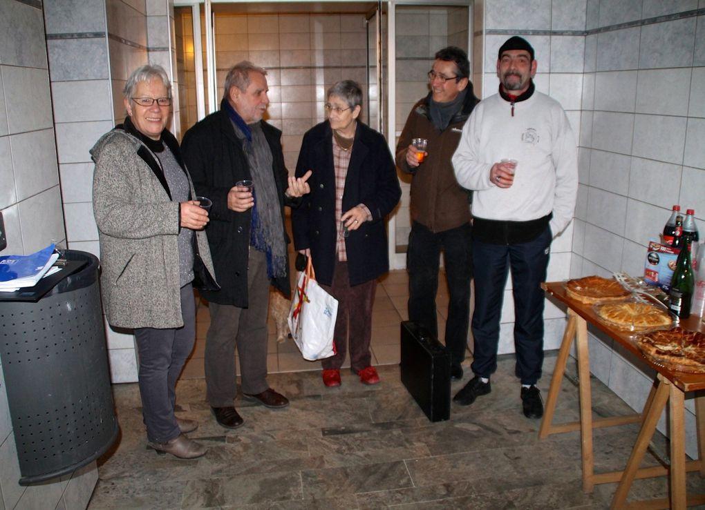 Les candidats de Cap à Gauche à la rencontre d'habitants des Hauts de Chambéry et du Biollay