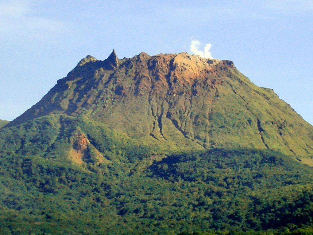 La Soufrière la Vieille Dame de la Guadeloupe