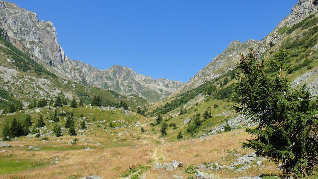 Col de la Lavoire (2382m) et Col du Merlet (2206)