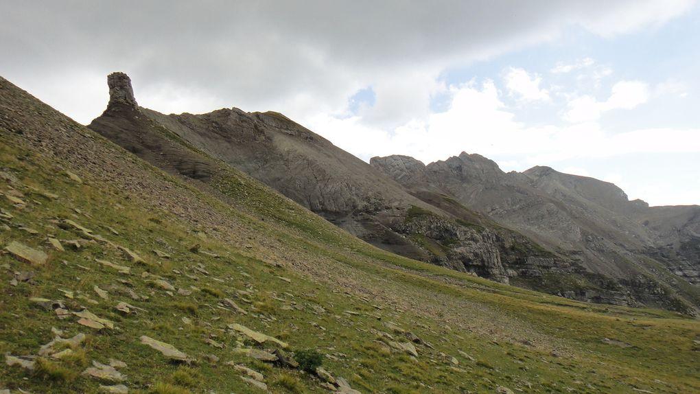 Col de la Vénasque (2487m), boucle par le vallon du Tourond et le GR50