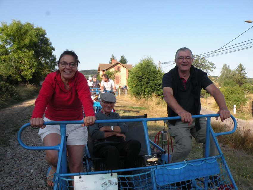 les Pas Coton optent  pour le vélorail et l'exotisme