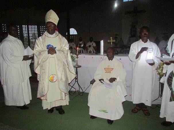 Tournée pastorale et installation du nouveau Curé de Lodja Saint Désiré