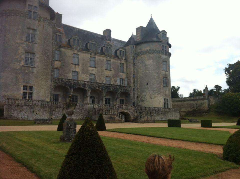 Le chateau de la Roche Courbon
