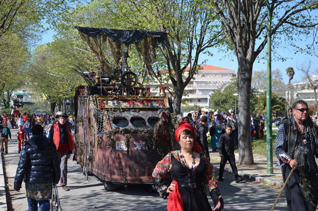 Marseille - Photos du Carnaval de Marseille 2015 : Chars au Parc Borély