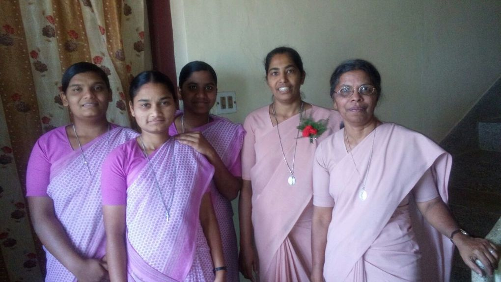 Postulants :Jeffri, Anusha, Kavitha and Srs.sherly and Chinnamma